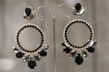 earring black gold
