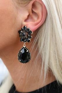 earings black