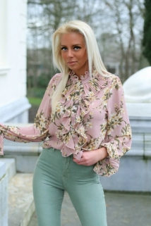 blouse pink flowers