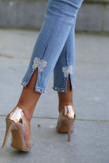 light jeans peirle