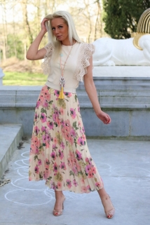 long skirt beige flowers