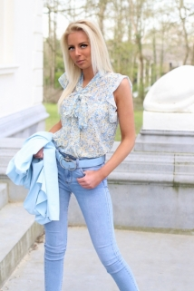 blouse light blue flowers