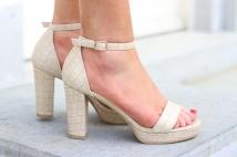 heels beige crocko