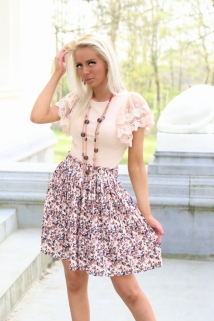skirt beige flowers