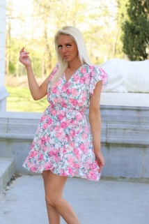 dress white / fushia flowers