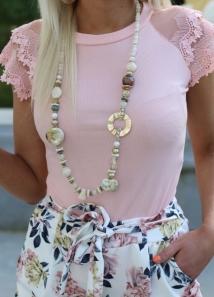 neckless beige