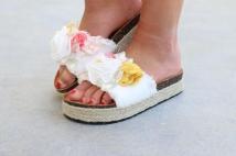 slipper white flowers
