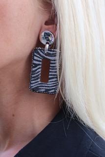 earings zebra 2