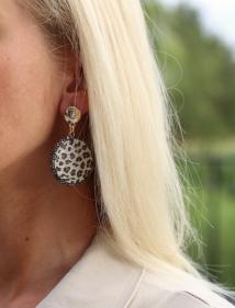 earings leopard