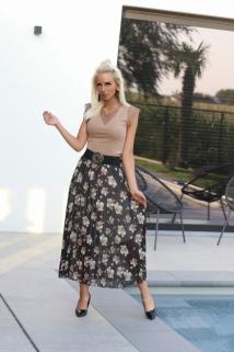 long skirt black / flowers beige