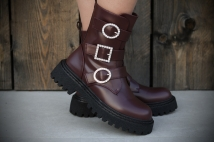 Boots winebrown strass