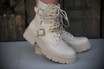Boots Creme / gold