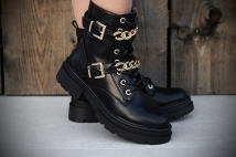Boots Black / gold