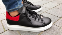 shoes black red
